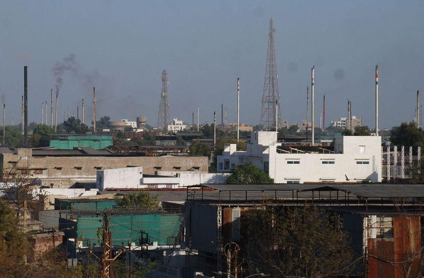 सीएस ने जयपुर में ली बैठक : एनजीटी के निर्देश की अक्षरश: करनी होगी पालना, प्रदूषण फैलाने वाली इकाइयां होगी चिह्नित