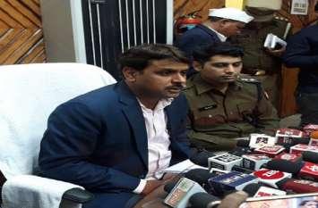 Big Breaking: सहारनपुर में मरने वालाें के परिजनाें काे 2-2 लाख देगी सरकार, अब तक 10 पुलिसकर्मी निलंबित