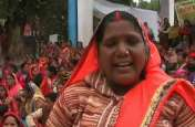 आंगनबाड़ी कार्यकर्ताओं का छलका दर्द, कहा मांगे नहीं पूरी की तो चुनाव में लेंगे बदला