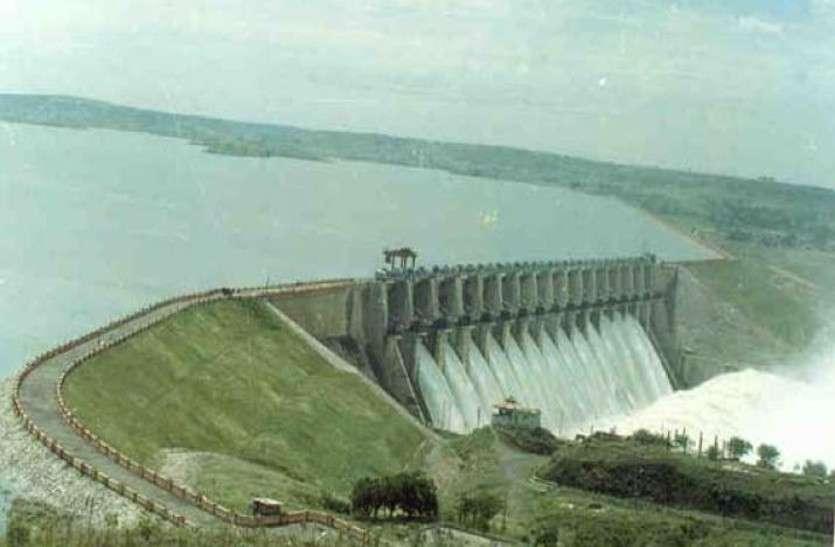 गर्मी में बढ़ेगा संकट, बीसलपुर बांध में रह गया आधा पानी
