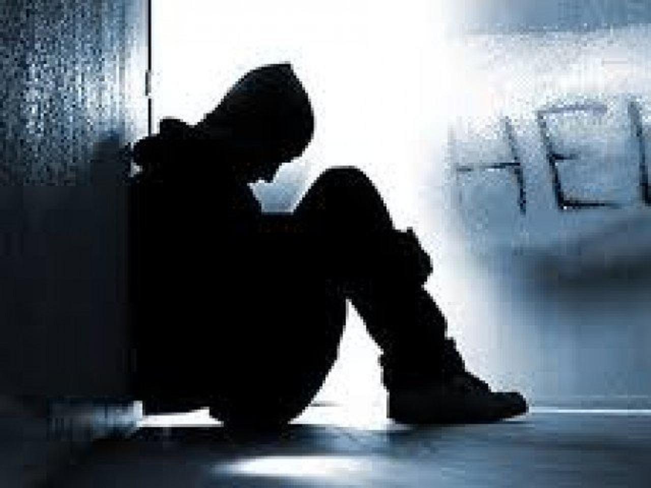 सोशल मीडिया एप पर प्रॉब्लम शेयर करने वाले छात्र ने की आत्महत्या