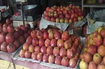 बाजार में बिक रहे केमिकल युक्त फलों की नहीं हो रही जांच, क्या कहते हैं खाद्य अधिकारी, पढि़ए खबर...