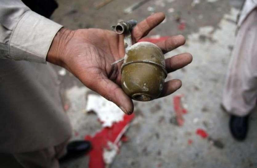 सरकार के खिलाफ प्रदर्शन में शख्स ने खोई अंगुलियां, फ्रांस में 13 हफ्तों से जारी है विरोध