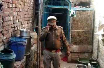 सहारनपुर और कुशीनगर में जहरीली शराब से हुई मौत के बाद फिरोजाबाद पुलिस ने किया ये काम, देखें वीडियो