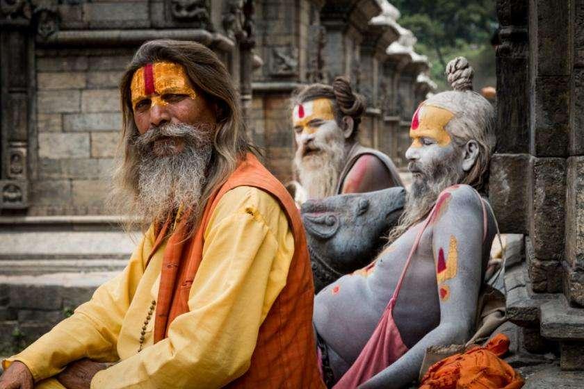 नागा साधुओं का अंतिम संस्कार