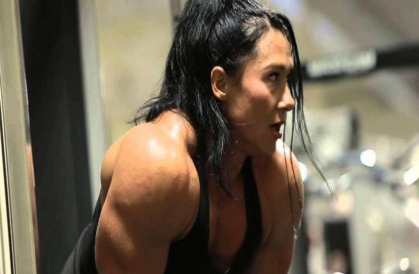 इस महिला बॉडी बिल्डर का फिगर देख अच्छे-अच्छों के छूट जाते हैं पसीने, लोग बुलाते हैं लेडी Hulk