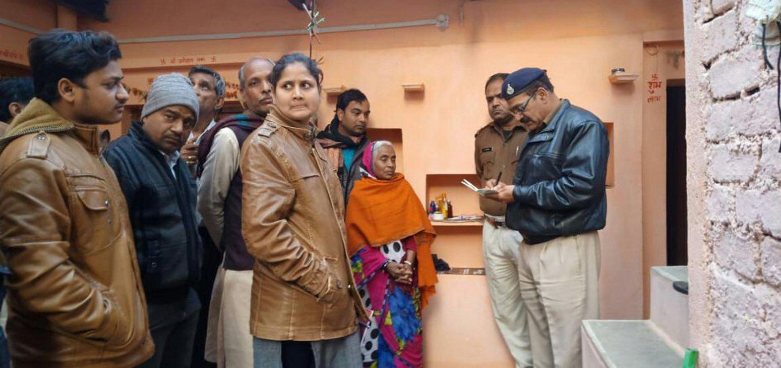 बदरवास जैन मंदिर से चांदी के छत्र, कलश और 1.67 लाख नकदी चोरी