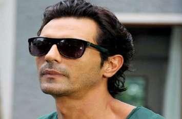 अभिनेता अर्जुन रामपाल बड़ी मुश्किल में फंसेः बैंक से लिया बड़ा लोन, नहीं चुकाने पर कोर्ट में केस दर्ज