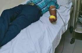 गये थे अपनों का स्वास्थ्य देखने : अपरिचित को कर दिया रक्तदान
