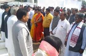 Photo gallery: भाजपा कार्यकर्ता सहित पदाधिकारियों ने दी शहीदों को किया नमन