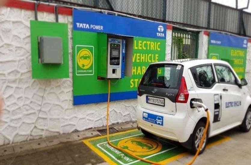 इलेक्ट्रिक व्हीकल के लिए दिल्ली सरकार का बड़ा कदम, इस दिसंबर तक होंगे 10,000 चार्जिंग प्वाइंट