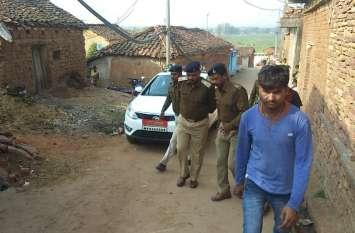 दो भाइयों ने चक्की संचालक की पत्थर पटककर कर दी हत्या