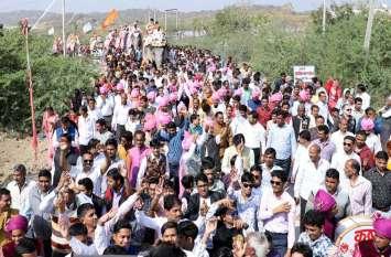 video: राजसी ठाट-बांट से निकाली शोभा-यात्रा मे उमड़ा श्रद्धा का सैलाब, पंच कल्याणक महोत्सव के तीसरे दिन भगवान का जन्मोत्सव मनाया