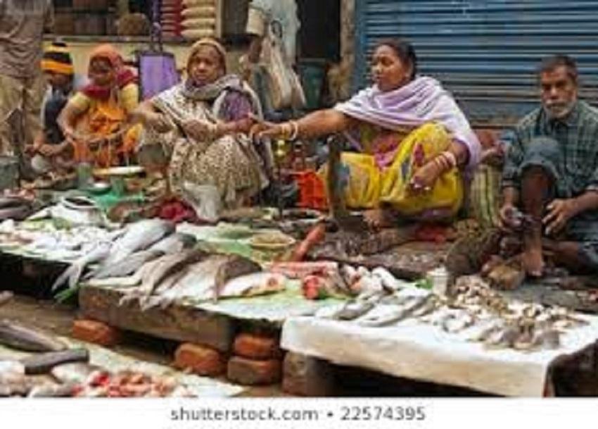 शहीद 2 परिवारों की मदद करेंगे मछली व्यापारी