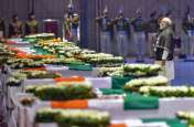 भाजपा सांसद ने दिए शहीदों के परिजनों को 2.5 करोड़ रुपए, बोले- 20 गुने आतंकवादियों के सिर कलम होने पर होगी सही श्रद्धांजलि