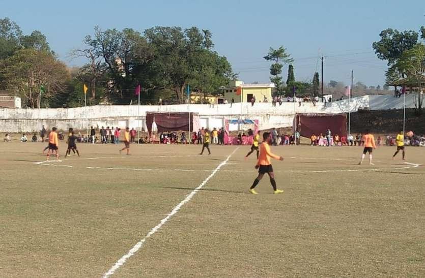 अंतर्राज्जीय फुटबाल टूर्नामेंट में छत्तीसगढ़ के खिलाडिय़ों ने किया कमाल का प्रदर्शन, देखें ऐसे