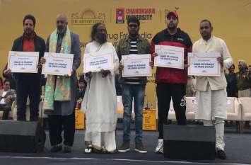 देश को ड्रग फ्री करने के लिए एक साथ आए सितारे, संजय दत्त से लेकर कपिल शर्मा हैं शामिल...