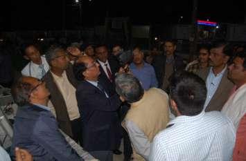 रेल महाप्रबंधक पहुंचे नरसिंहपुर, सुरक्षा चाक चौबंद करने दिए निर्देश