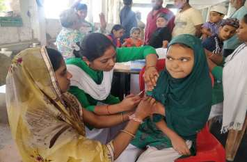जुम्मे की नमाज में टीकाकरण का महत्व बताया