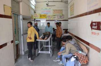 मर्जर ने गिरा दी जिला अस्पताल की साख, मरीजों के साथ दवाइयों की डिमांड भी 40 फीसदी कम