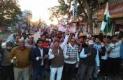 कैण्डल मार्च निकाला, श्रद्धांजलि दी,पाकिस्तान के खिलाफ हो ठोस कार्रवाई