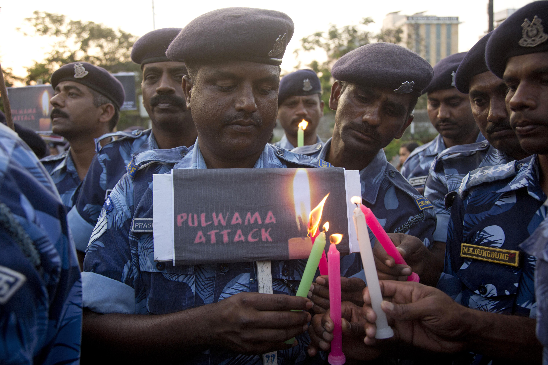 पुलवामा जैसी आतंकी घटनाओं के लिए पाकिस्तान के साथ अब चीन को भी जिम्मेदारी लेनी चाहिए