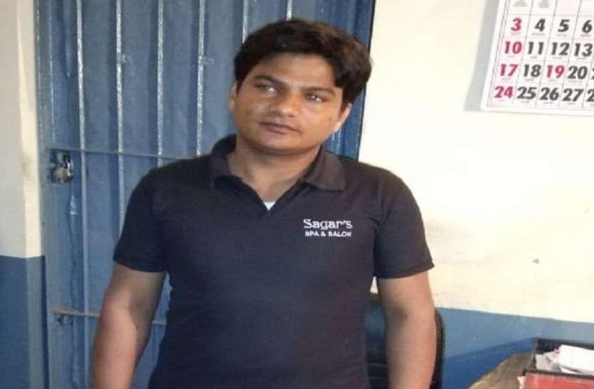 मेरठ एसटीफ ने दिल्ली से गिरफ्तार किया 25 हजारी अय्यूब, जानिए दिल्ली में क्या करा था ये कुख्यात