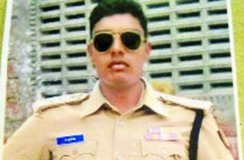 MLA का चुनाव हारने के बाद बन गया नकली पुलिसकर्मी, बड़ी पार्टी के टिकट पर लड़ा था चुनाव