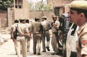 बिहार: महिला का कटा सिर हाथ में लेकर घूम रहा युवक, पुलिस ने तलाश में शुरू की छापेमारी