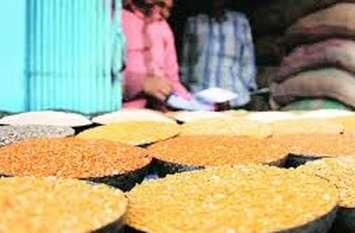 विद्यालयों में पोषाहार का गेहूं, चावल व दाल हो रहे खराब