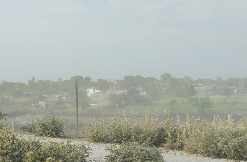 video: इस गांव में कोयले की राख बनी जान की दुश्मन, प्रबंधन कर रहा लापरवाही, अधिकारी नहीं दे रहे ध्यान