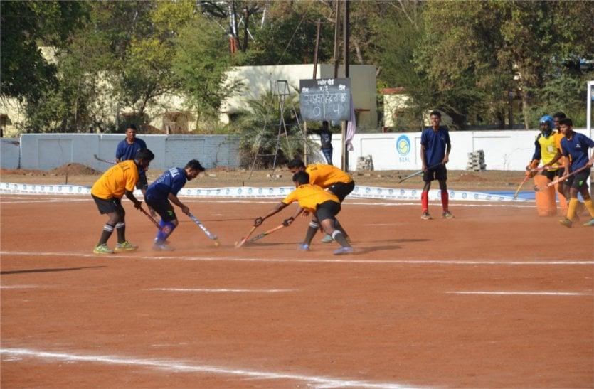 हॉकी टूर्नामेंट में हैदराबाद सहित चार टीमों ने सेमीफाइनल में बनाई जगह