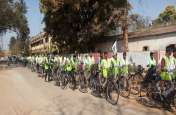 शांति का भूमकाल : बस्तर में शांति के लिए विस्थापित आदिवासी परिवारों ने निकाली साइकिल यात्रा
