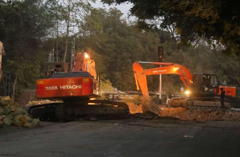 सरकार क्या बदली, अटक गए विकास कार्य ! , बजट के अभाव में संवेदकों ने रोके निर्माण कार्य...