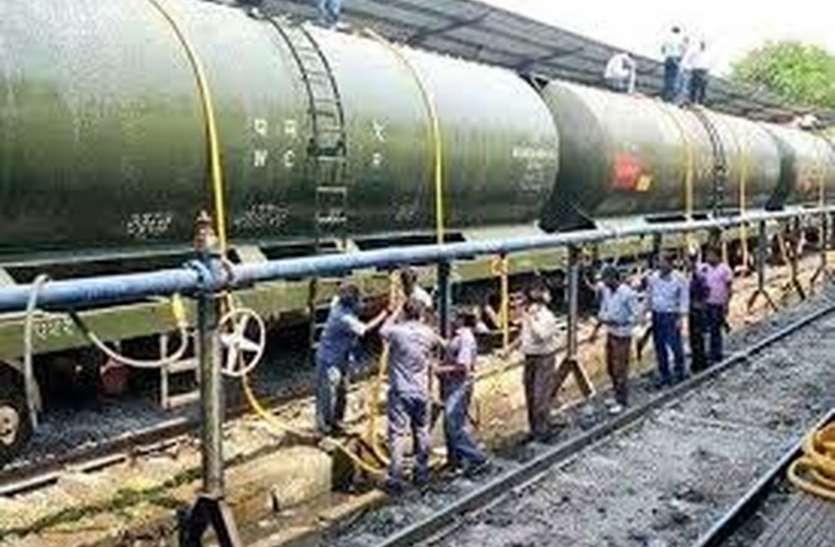 पत्रिका ब्रेकिंग: जाने रेलवे में क्यों आ गया अभी से जल संकट