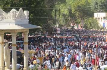 PHOTO...@: टोंक में मोदी को सुनने के लिए हर राह पर रहा कार्यकर्ताओं का रैला