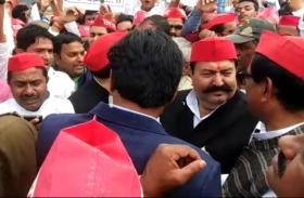 पीएम की रैली में विरोध प्रदर्शन करने निकले पूर्व मंत्री को पुलिस ने किया गिरफ्तार