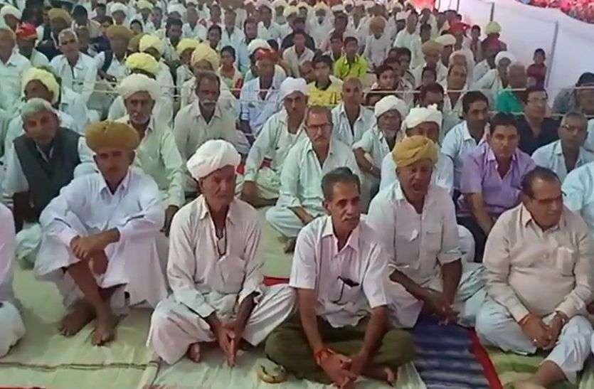 दासपां में भागवत सप्ताह, बह रही ज्ञान की गंगा