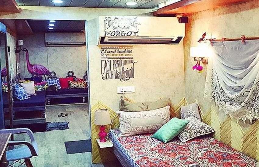 Bollywood Stars Vanity Van