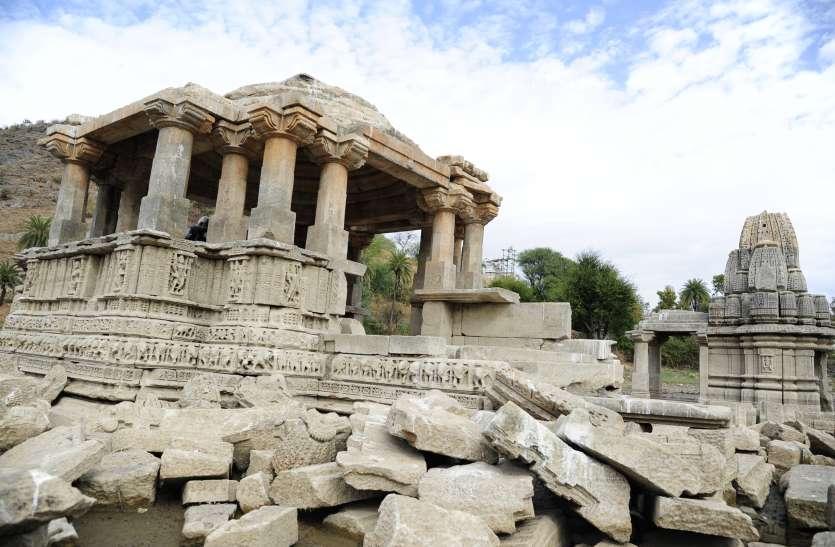 video : करीब एक हजार वर्ष पुरानी इस विष्णु नगरी का रखरखाव करने वाला कोई नहीं, खजाने के लिए खोद रहे हैं मंदिरों के गर्भगृह...