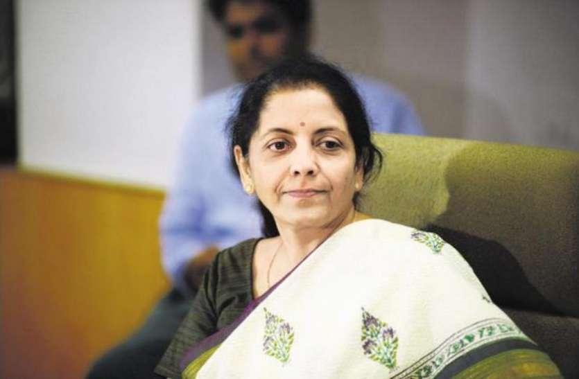 कभी सेल्स गर्ल हुआ करती थीं देश की रक्षा मंत्री निर्मला सीतारमण, भाजपा की इस मंत्री से मिलने के बाद बदल गयी ज़िंदगी