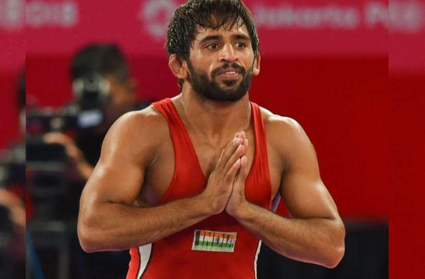 कुश्ती : भारत को मिले तीन पदक, बजरंग, पूजा ने जीता सोना तो साक्षी को मिला रजत