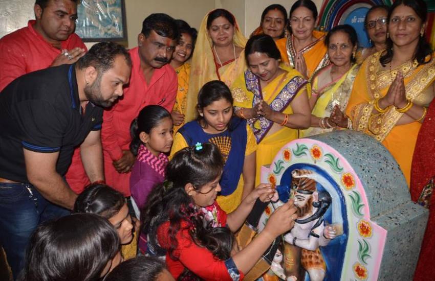आज महाशिवरात्रि: सर्वार्थ सिद्धि योग में निकलेगी भगवान भोलेनाथ की बारात, हल्दी चढ़ी