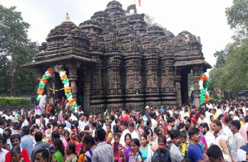 अंबरनाथ प्राचीन मंदिर में हर हर महादेव