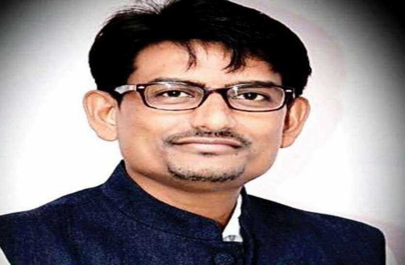 Wanted to become minister, but confusion is over, continuing in Congress: Alpesh Thakor