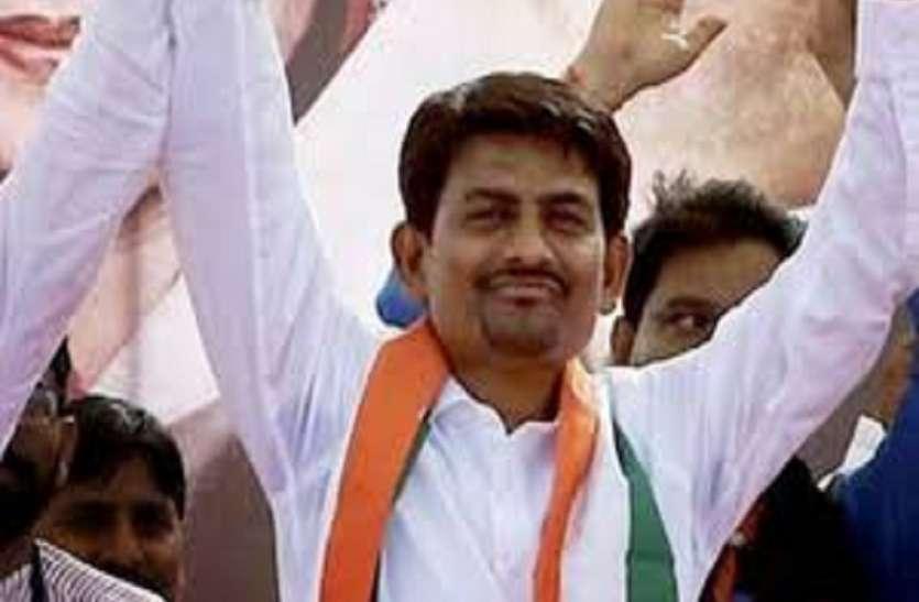 अल्पेश ठाकोर ने कहा मंत्री बनने की थी इच्छा अब नहीं