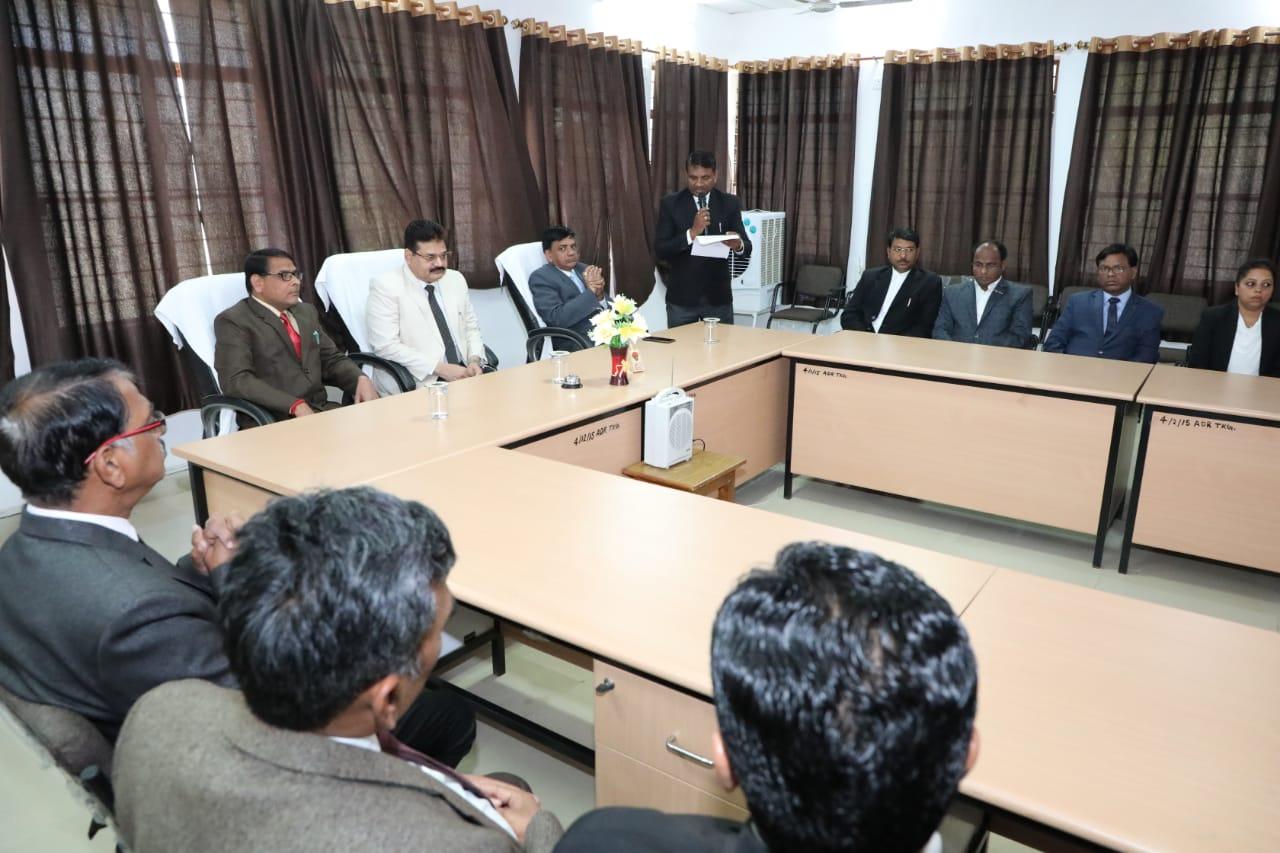 नेशनल लोक अदालत में पीडि़तों को मिली राहत, किए गए राजीनामें