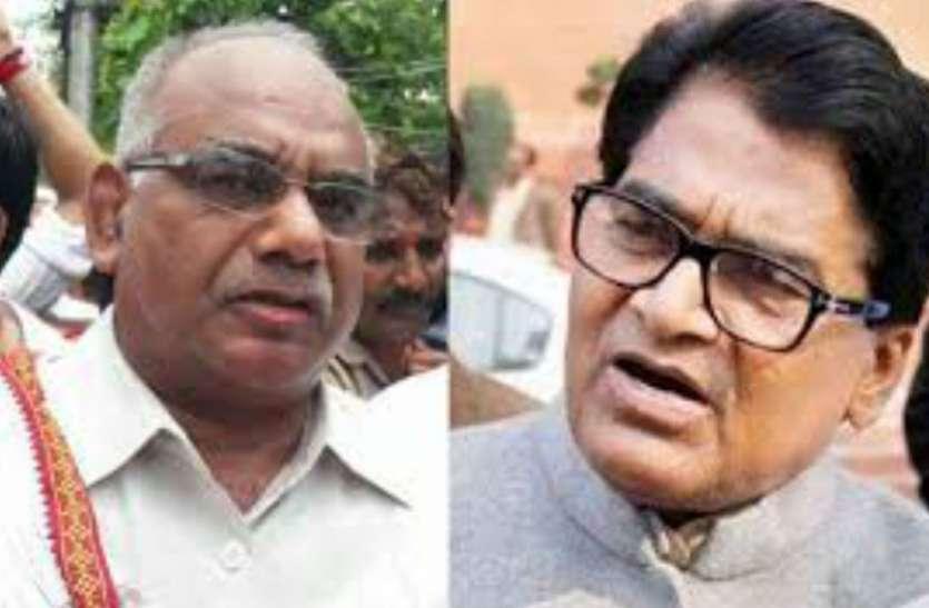 इस सपा विधायक ने किया खुलासा मुलायम सिंह यादव मैनपुरी से नहीं इस सीट से लड़ना चाहते थे चुनाव लेकिन सपा के इस नेता ने नहीं बनने दी बात, देखें वीडियो
