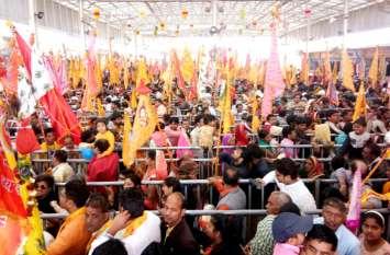 Khatu Mela 2019: श्याम जयकारों से गूंज उठी खाटू नगरी, देशभर से आए श्रद्धालु बाबा श्याम दरबार में लगा रहे हाजिरी