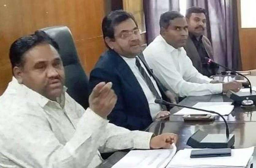 प्रशासन चुनावी मोड में, जिले में धारा 144 लागू